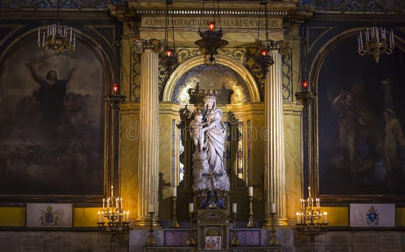 Victoires igreja do DES de Notre Dame, Paris, França imagem de stock royalty free