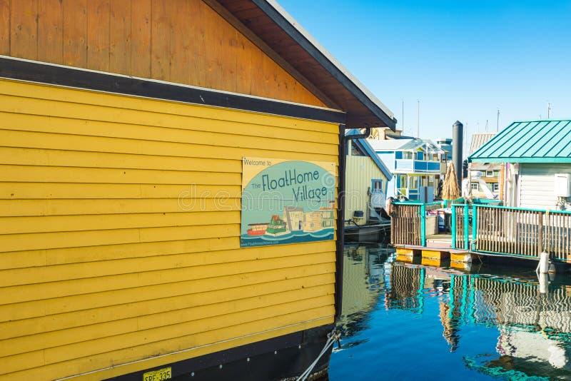 VICTORIA BC KANADA AM 12. FEBRUAR 2019: Victoria Inner Harbour, Fischer Wharf ist ein versteckter Schatzbereich Mit bunten sich h lizenzfreie stockbilder