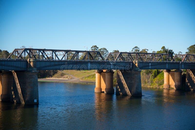 Victoria Bridge, over Nepean-Rivier en officieel gekend als Nepean-Brug, is een erfenis-vermelde vroegere spoorwegbrug stock foto's