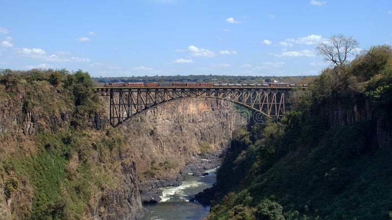 Victoria-dalingenbrug van Zambia royalty-vrije stock foto