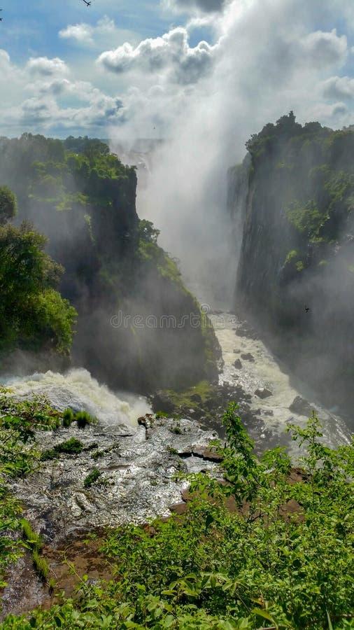 Victoria Falls perto da água fotografia de stock