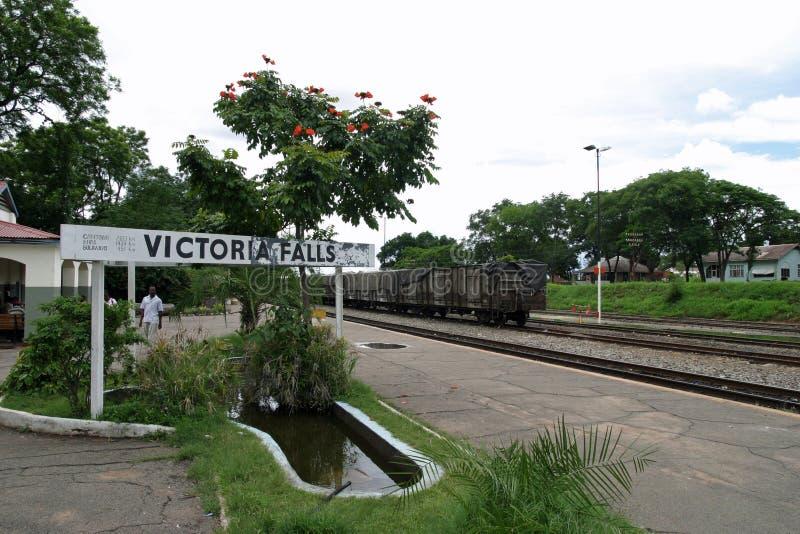 Victoria Falls station i Zimbabwe royaltyfria bilder