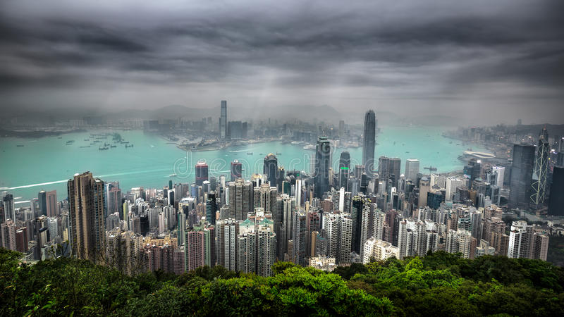Download Victoria Peak fotografia stock. Immagine di sera, distretto - 55352576