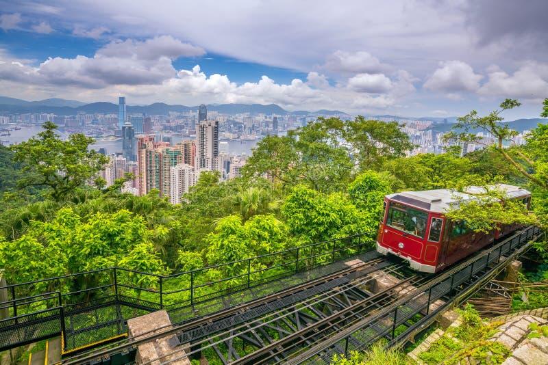 Victoria Peak Tram e Hong Kong na China fotografia de stock royalty free