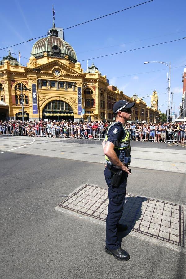 Victoria Police Constable que fornece a segurança durante a parada do dia de Austrália em Melbourne imagens de stock