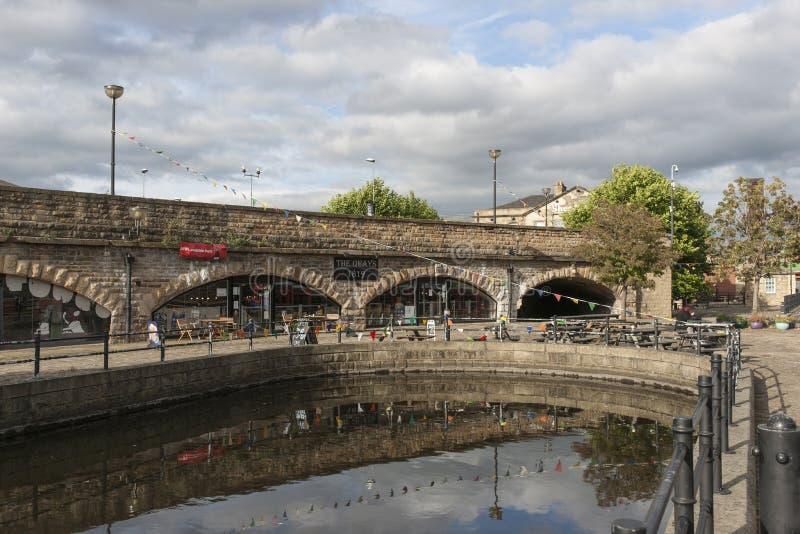 Victoria Quays anche conosciuta come Sheffield Canal Basin a Sheffield, South Yorkshire, Regno Unito - 13 settembre 2013 fotografie stock libere da diritti
