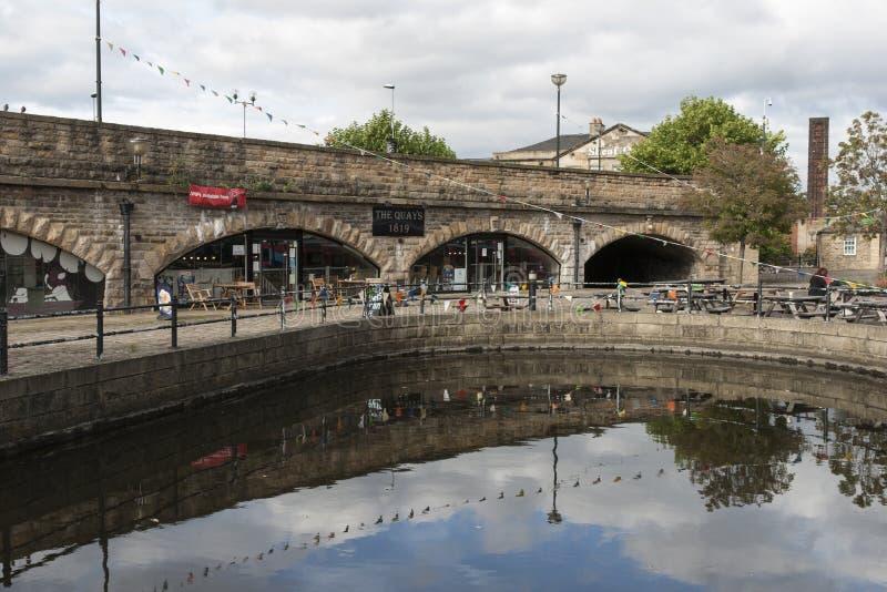 Victoria Quays ook als Sheffield Canal Basin in Sheffield, South Yorkshire, het Verenigd Koninkrijk wordt bekend - 13 September 2 royalty-vrije stock foto's