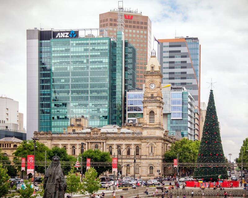 Victoria Square dans la ville d'Adelaïde pendant le Noël photos libres de droits