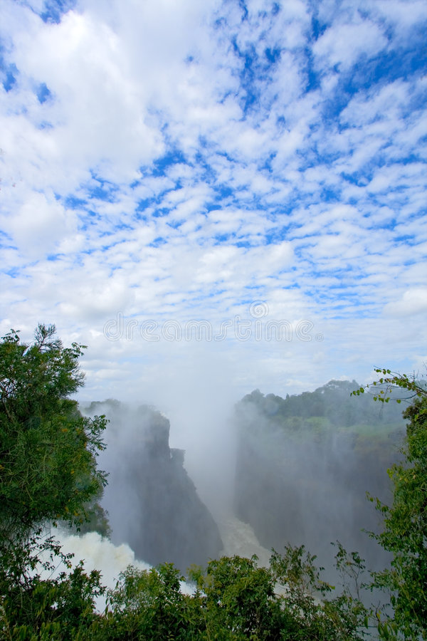 Free Victoria Waterfall, Zimbabwe Royalty Free Stock Image - 8533476