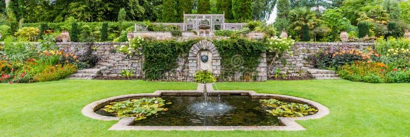 Victoriaans tuinontwerp stock afbeelding