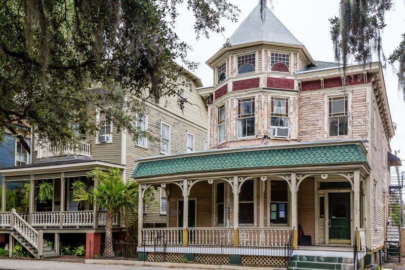 Victoriaanse Huizen in Savanne royalty-vrije stock fotografie