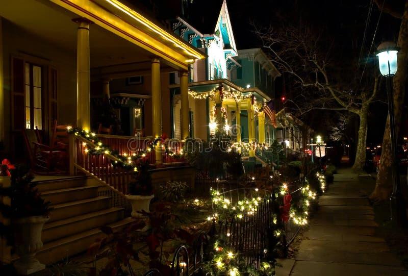 Victoriaanse Straat bij Kerstmis royalty-vrije stock foto's