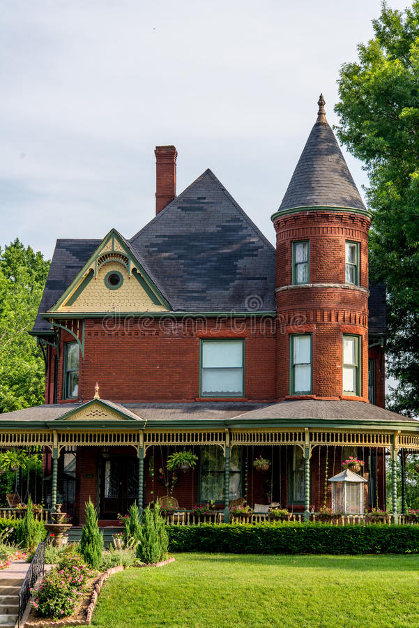 Victorian Brick Bed and Breakfast Home stock photography