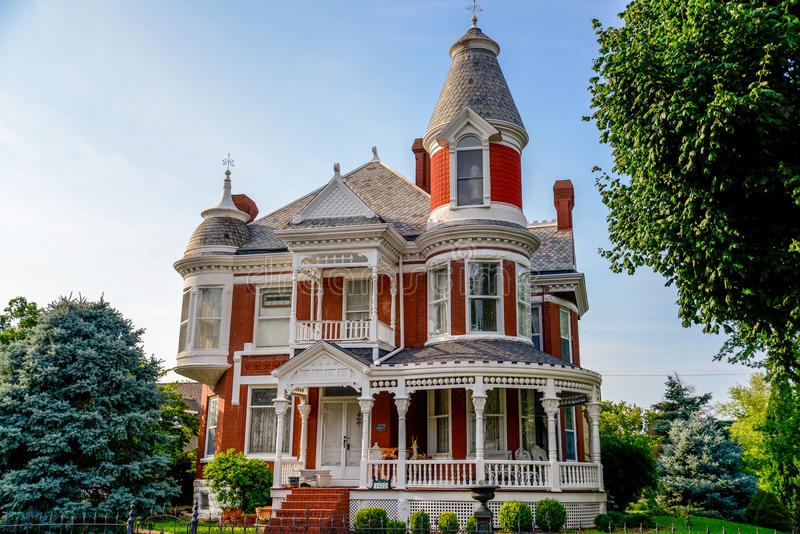 Victorian Brick Bed and Breakfast Home royalty free stock photos