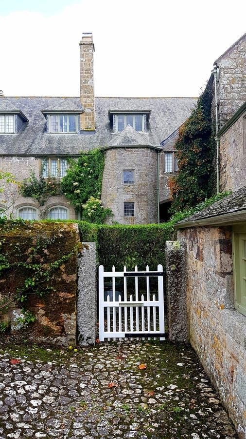 Victorian Garden Gate , cornwall uk lizenzfreies stockfoto