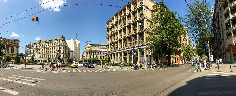 Victory Avenue Panorama ( Calea Victoriei) De stad in van de Stad van Boekarest royalty-vrije stock foto