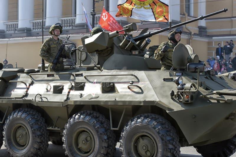 Download Victory Day Military-parade Redactionele Fotografie - Afbeelding bestaande uit genaturaliseerd, auto: 54077737