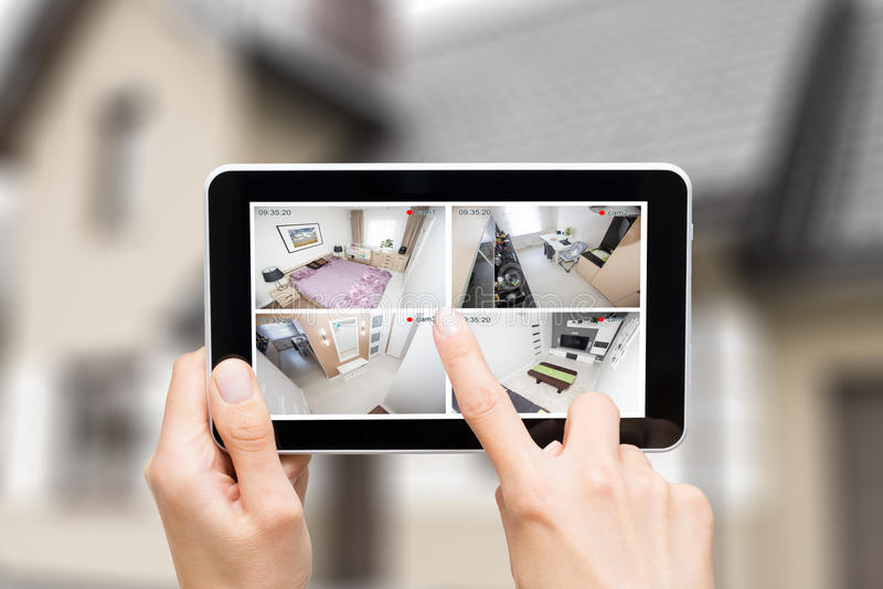 Vid futé à la maison de maison d'alarme de système de moniteur de surveillance de télévision en circuit fermé d'appareil-photo images libres de droits