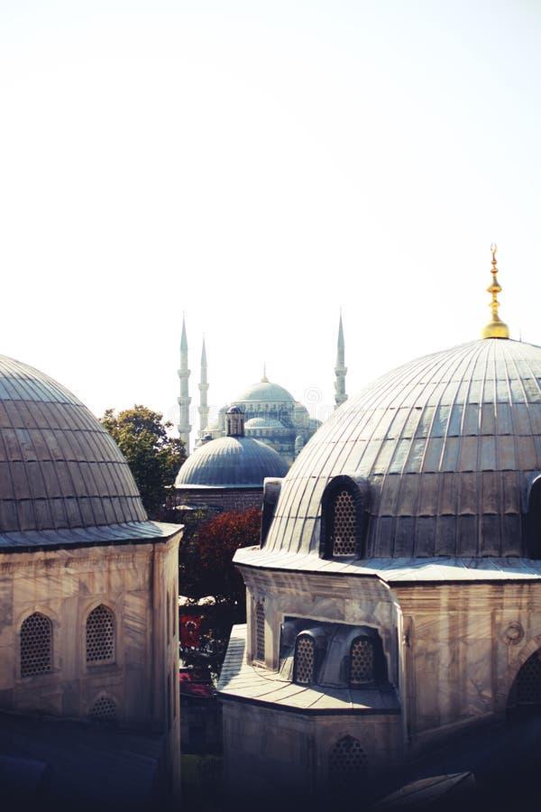 Vid-iz okna Na Ayya Sofiyu V Stambule 36/5000 Ansicht vom Fenster Aya Sophias in Istanbul stockbild