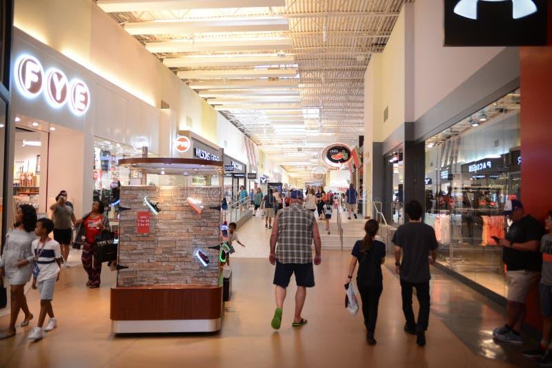 Vid Mills Mall Upscale Shopping, vid Tejas imagen de archivo libre de regalías