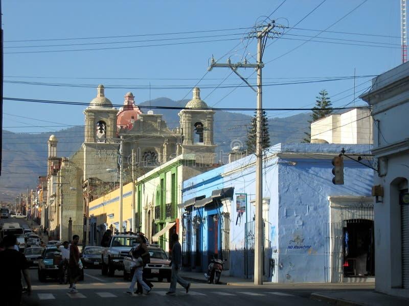 Vida de calle de la ciudad - Oaxaca - México imagen de archivo libre de regalías