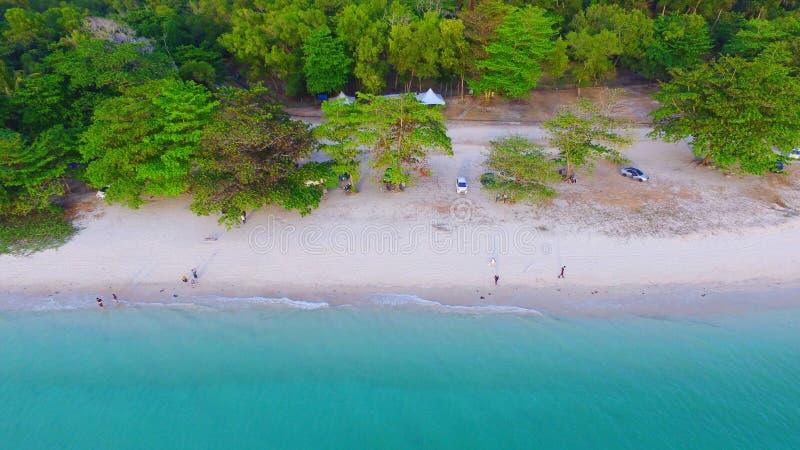 Vida de la playa hoy fotografía de archivo