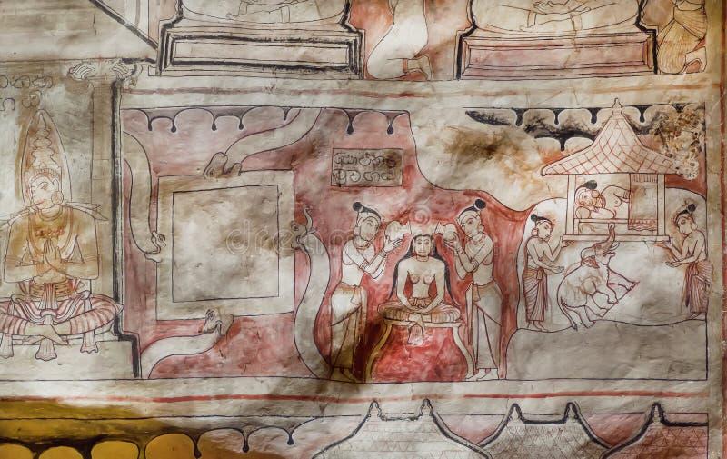 Vida de mulheres e de monges antigas no fresco do grande templo da caverna da Buda, construído no século I BC fotos de stock
