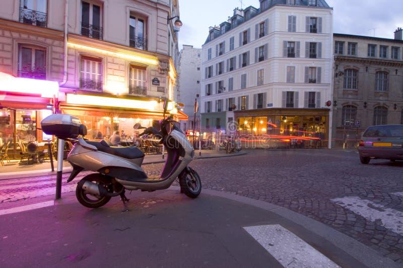 Vida de noite de Paris fotos de stock royalty free