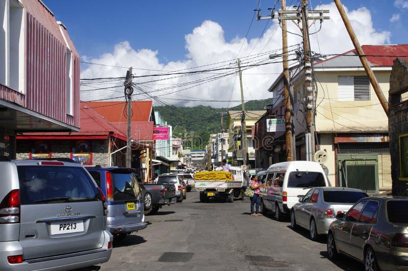 A vida de rua da cidade de Roseau, ilha de Domínica, fotografia de stock royalty free