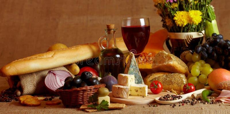 Vida do vinho e do queijo ainda fotografia de stock royalty free