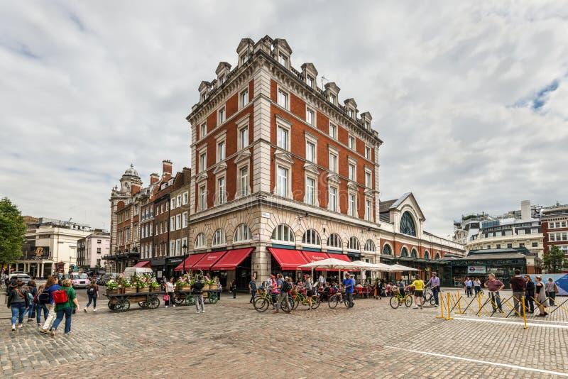 Vida en las calles en Londres, Inglaterra, Reino Unido imagen de archivo