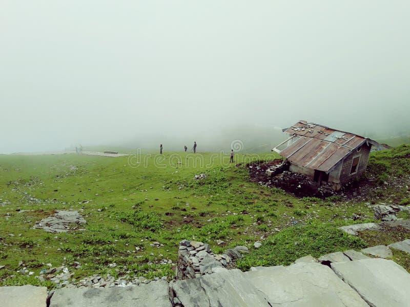 Vida impresionante de la montaña foto de archivo libre de regalías