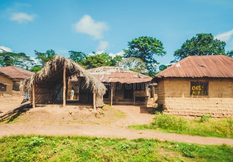 Vida pobre dos povos liberianos Libéria, África ocidental imagens de stock royalty free