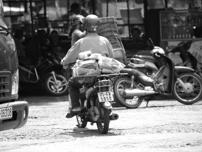 Vida quotidiana na cidade da MATIZ de VIETNAME fotos de stock royalty free