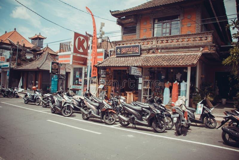 Vida simples dos povos dentro de Ubud imagens de stock