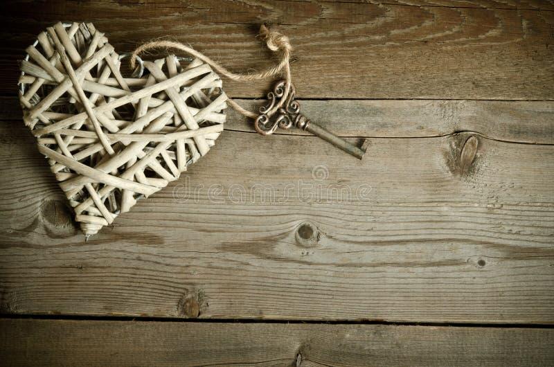 Vide- hjärta som är handgjord med tangenten arkivfoto