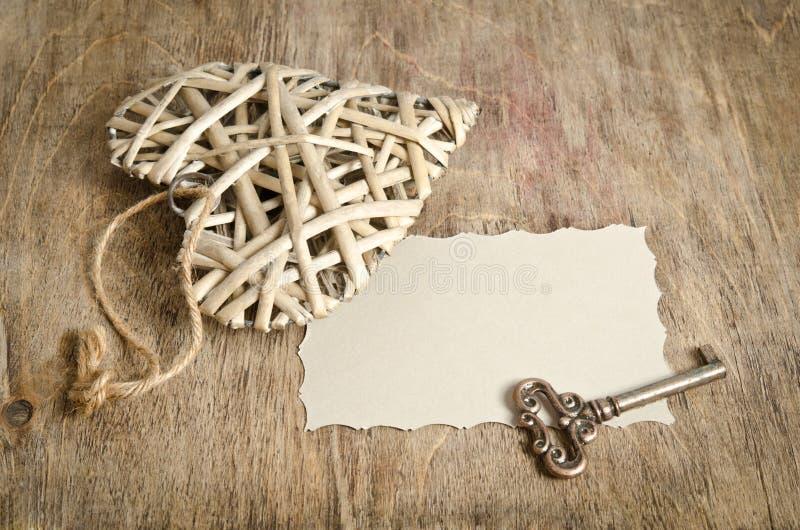 Vide- hjärta som är handgjord med tangenten arkivbilder