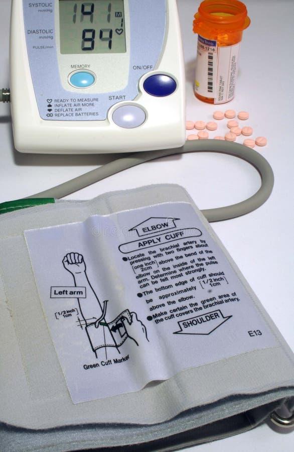 Monitor domestico di pressione sanguigna fotografie stock libere da diritti