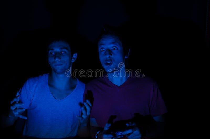 Video giochi con gli amici immagini stock