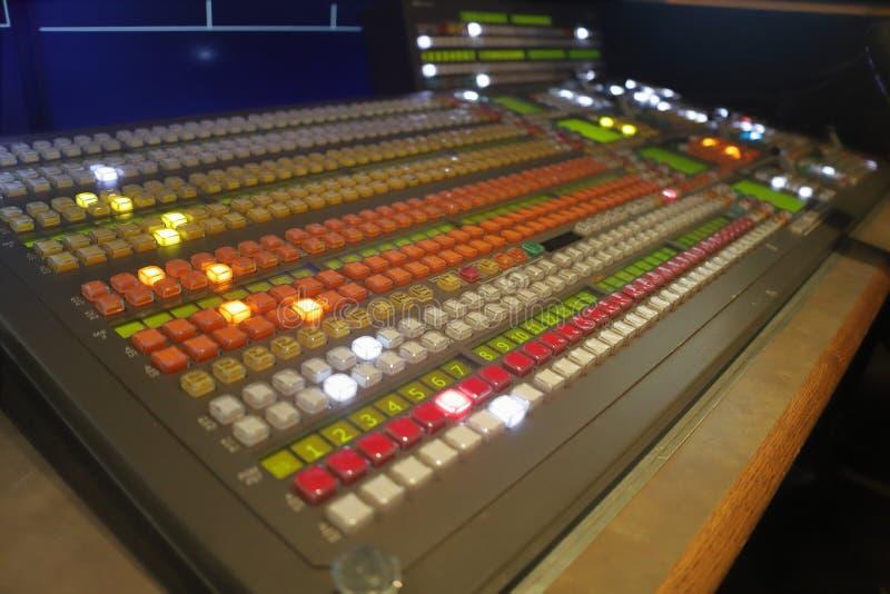 Video switcher för TV-sändningproduktion, visionblandare arkivfoto