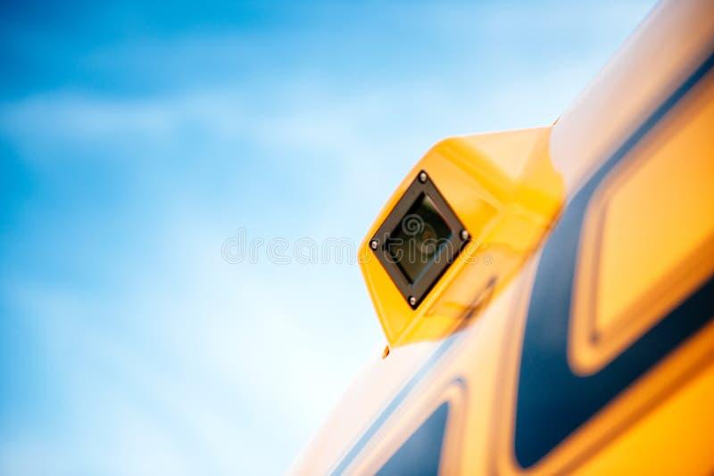 Videocamera di sicurezza di sorveglianza su un veicolo industriale moderno fotografia stock libera da diritti