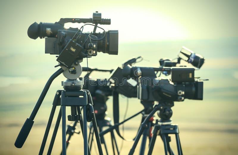 Videocamere di notizie fotografia stock libera da diritti