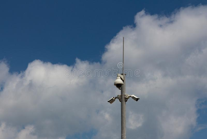 Videocamere di sicurezza del CCTV sorveglianza fotografie stock