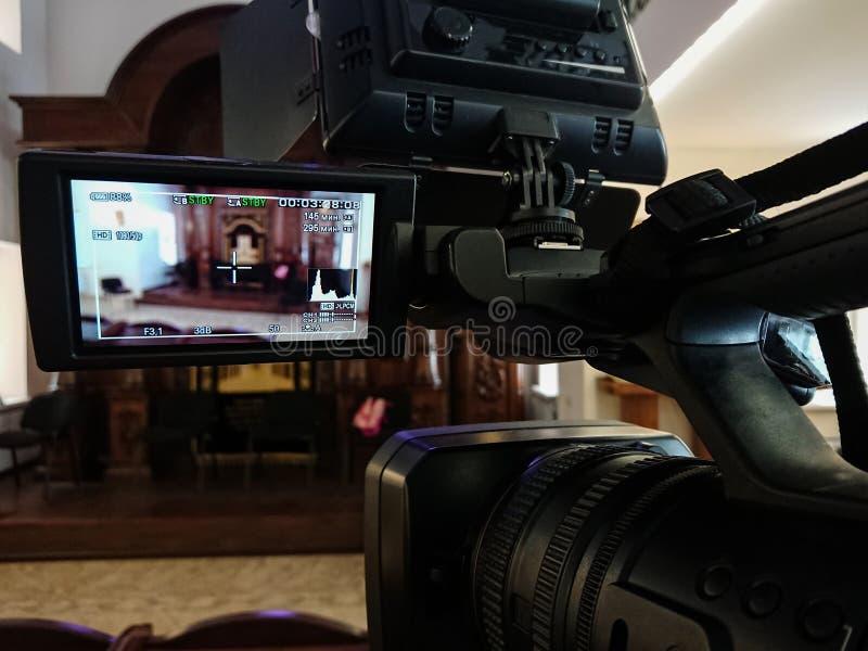 Videography στο εσωτερικό Ψηφιακά βιντεοκάμερα με την επίδειξη LCD Οδηγημένο φως -καμερών στοκ φωτογραφία με δικαίωμα ελεύθερης χρήσης