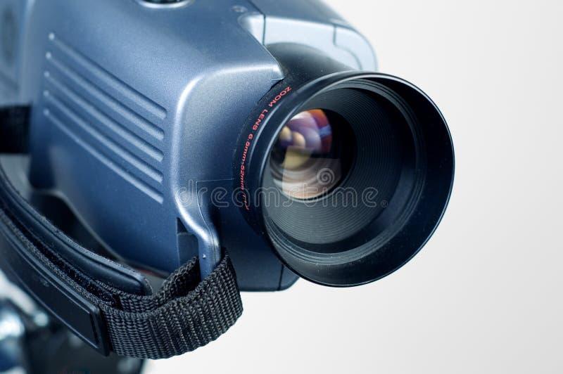 Videokameraobjektiv, das bis das rechte 1 zeigt stockfotografie