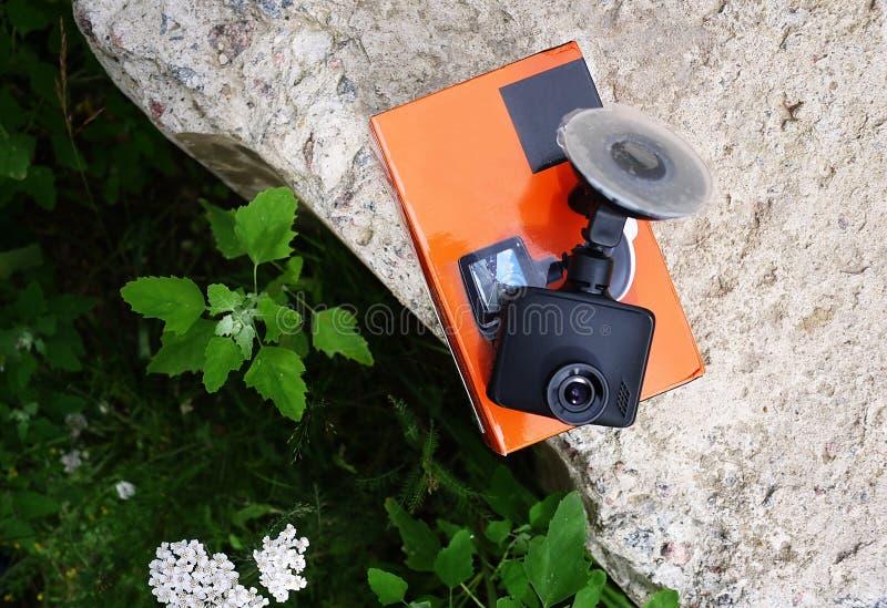 Videorecorder, zum der Verkehrssituation beim Fahren Ihres Autos zu notieren stockfotografie