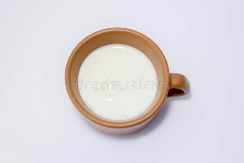 Vidrio de blanco de la bebida de leche imágenes de archivo libres de regalías