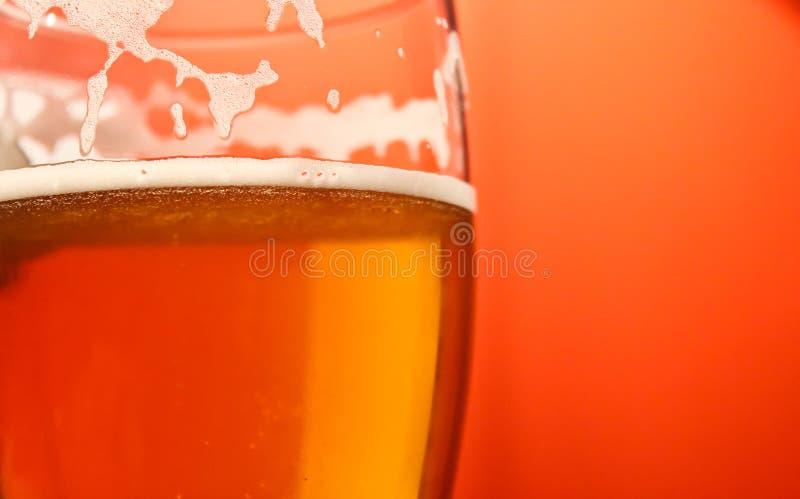 Vidrio de cerveza imágenes de archivo libres de regalías