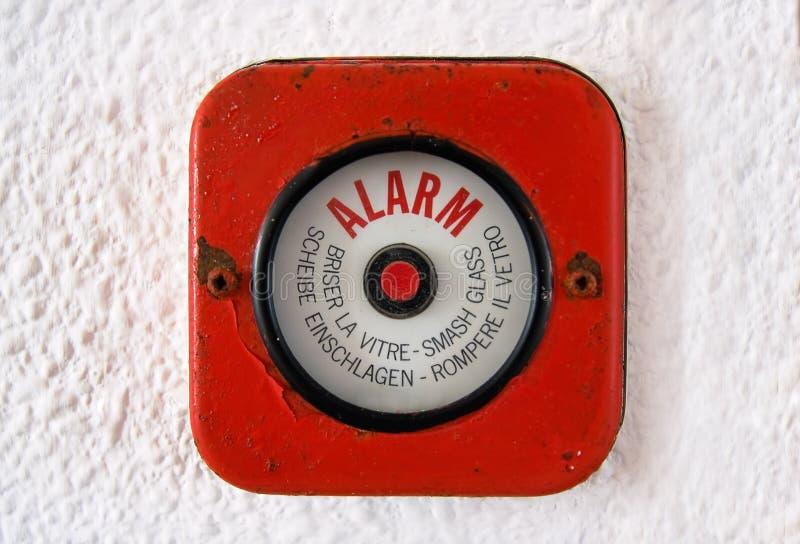 Vidrio de la rotura - vieja alarma de incendio imagen de archivo
