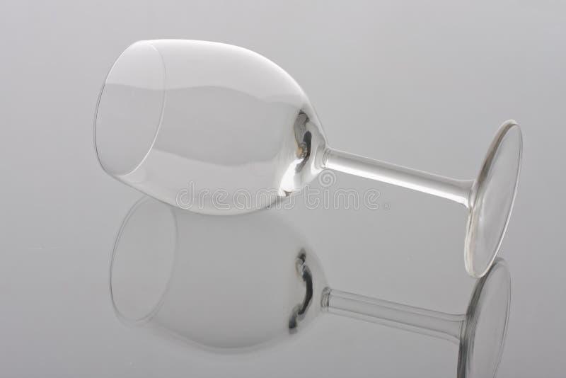 Vidrio de vino vacío transparente fotos de archivo